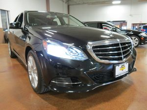 2014 MERCEDES E-Class Sport Sedan Carfax 1-Owner - No Accidents  Damage Reported to CARFAX  Bl