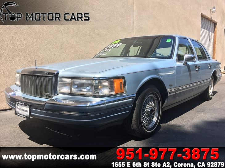 Sold 1990 Lincoln Town Car Cartier In Corona