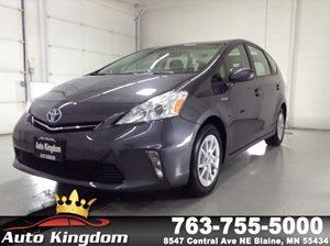 View 2014 Toyota Prius v