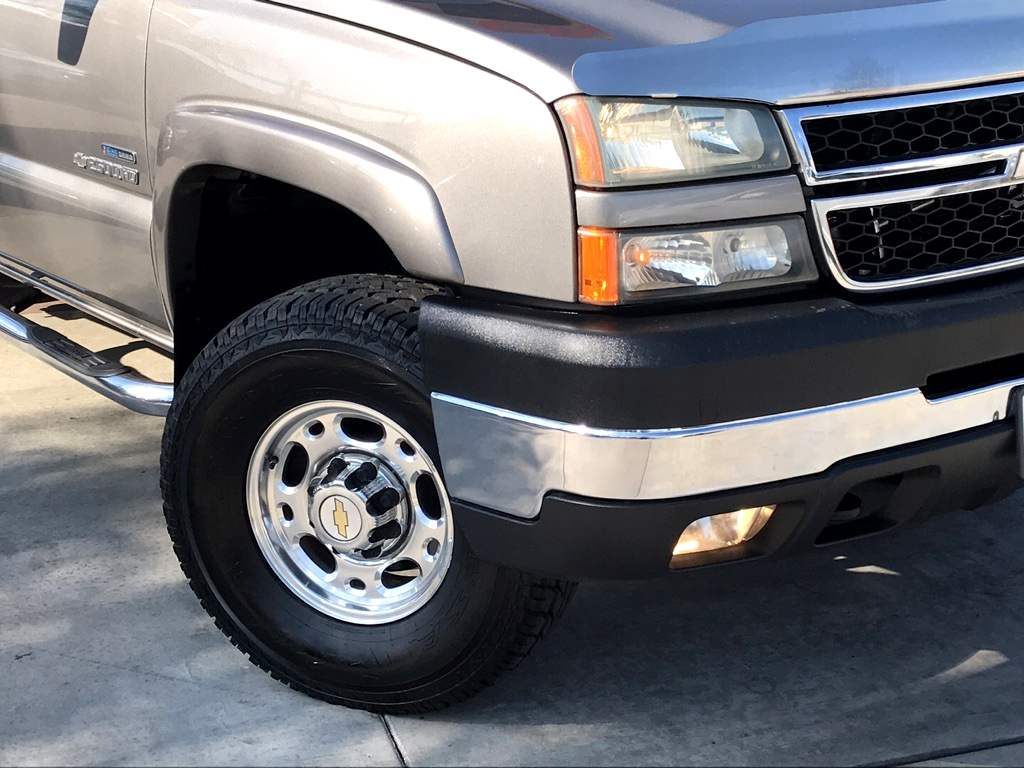 2006 chevy 2500hd lbz specs