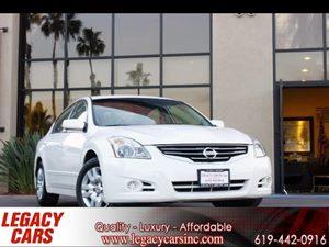 View 2012 Nissan Altima