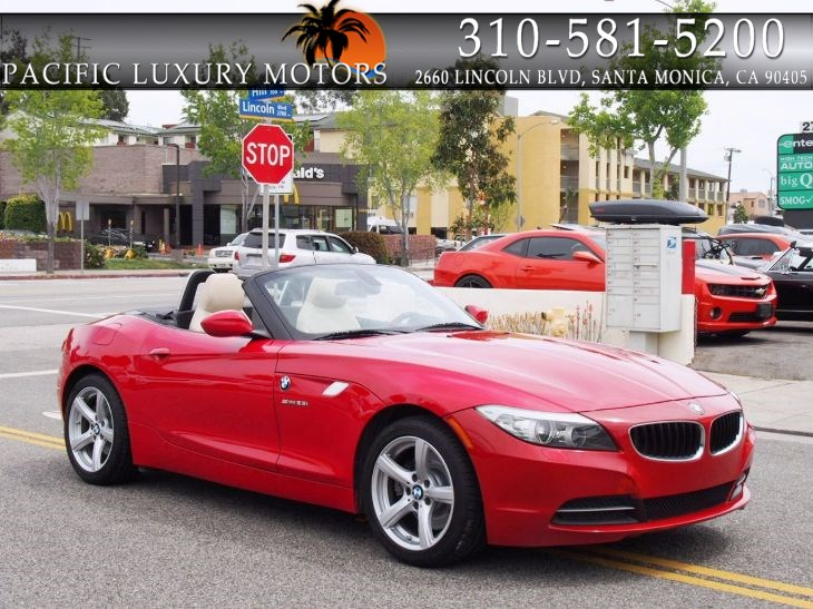 2012 BMW Z4 sDrive28i CONVERTIBLE w/ 6-Speed Manual