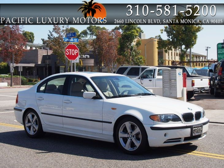 2004 BMW 3 Series 330i w/ 6-Speed Manual