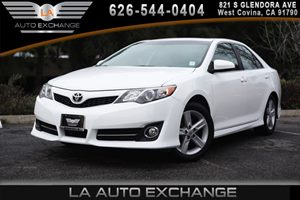2013 Toyota Camry SE Carfax 1-Owner 2 12V Aux Pwr Outlets 4 Cylinders Air Conditioning  AC