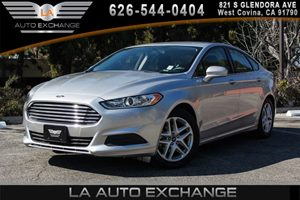 2016 Ford Fusion SE Carfax 1-Owner - No AccidentsDamage Reported 2 Seatback Storage Pockets 4 C