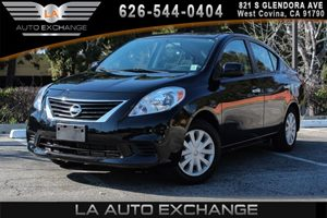2013 Nissan Versa SV Carfax 1-Owner 12V Pwr Outlet 4 Cylinders Air Conditioning  AC Audio