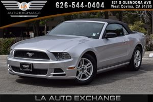 2014 Ford Mustang V6 Carfax 1-Owner - No AccidentsDamage Reported 6 Cylinders Air Conditioning