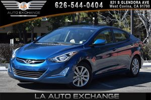 2014 Hyundai Elantra SE Carfax 1-Owner - No AccidentsDamage Reported 4 Cylinders Air Conditioni