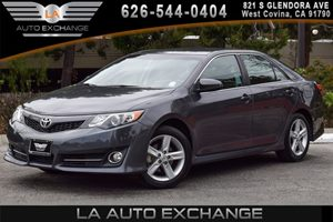 2014 Toyota Camry SE Carfax 1-Owner - No AccidentsDamage Reported 4 Cylinders Air Conditioning