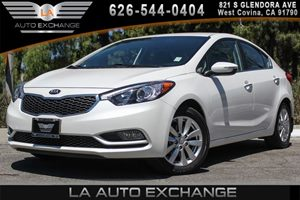 2014 Kia Forte EX Carfax 1-Owner - No AccidentsDamage Reported 4 Cylinders Audio  AmFm Stereo