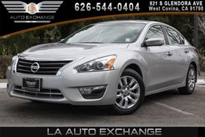 2014 Nissan Altima 25 S Carfax 1-Owner 4 Cylinders Analog Display Body-Colored Power Side Mirr