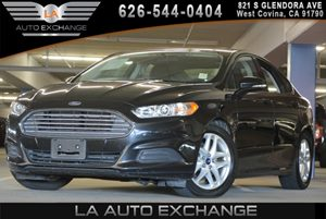 2015 Ford Fusion SE Carfax 1-Owner 3 12V Dc Power Outlets 60-40 Folding Bench Front Facing Fold