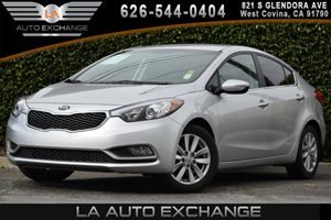 2014 Kia Forte EX Carfax 1-Owner 1 Seatback Storage Pocket 2 12V Dc Power Outlets 4 Cylinders