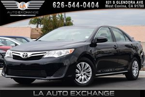 2013 Toyota Camry L Carfax 1-Owner 1 12V Aux Pwr Outlet 6 Bottle Holders 4 Cylinders 6-Way