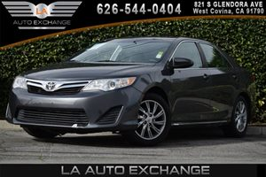 2013 Toyota Camry LE Carfax 1-Owner - No AccidentsDamage Reported 2 12V Aux Pwr Outlets 6 B