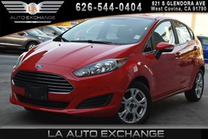 2015 Ford Fiesta SE Carfax 1-Owner Air Conditioning  AC Body-Colored Front Bumper Compact Spa