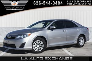 2014 Toyota Camry LE Carfax 1-Owner - No AccidentsDamage Reported 2 12V Dc Power Outlets 2 Seat