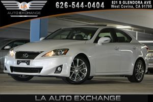 2012 Lexus IS 250  Carfax 1-Owner - No AccidentsDamage Reported  White 24193 Per Month -ON