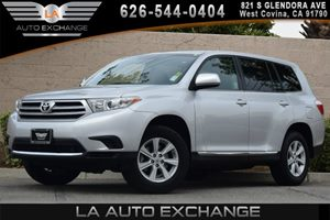 2013 Toyota Highlander  Carfax Report - No AccidentsDamage Reported 17 7-Spoke Alloy Wheels 3