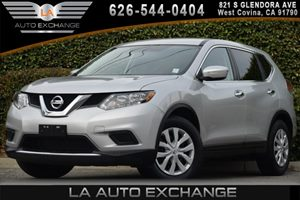2014 Nissan Rogue S Carfax 1-Owner 3 12V Dc Power Outlets 4 Cylinders 5 Person Seating Capacity