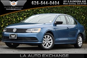 2015 Volkswagen Jetta Sedan 18T SE Carfax 1-Owner - No AccidentsDamage Reported 1 Seatback Stor