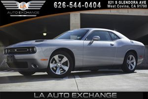 2016 Dodge Challenger SXT Carfax 1-Owner 2 12V Dc Power Outlets 4-Way Passenger Seat -Inc Manua