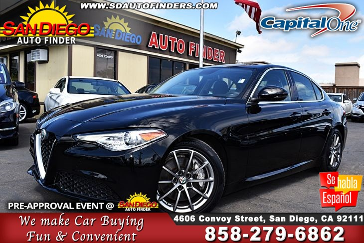 2017 Alfa Romeo Giulia,2.0L Turbo Charged Intercooled Turbo 1-Owner Clean Carfax  SdAutoFinders.com,