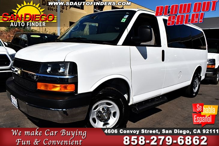 2014 Chevrolet Express 2500 LT,  8 Passenger 1-Owner Clean Carfax SdAutoFinders.com