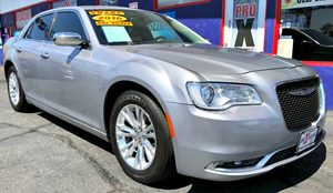 View 2016 Chrysler 300C