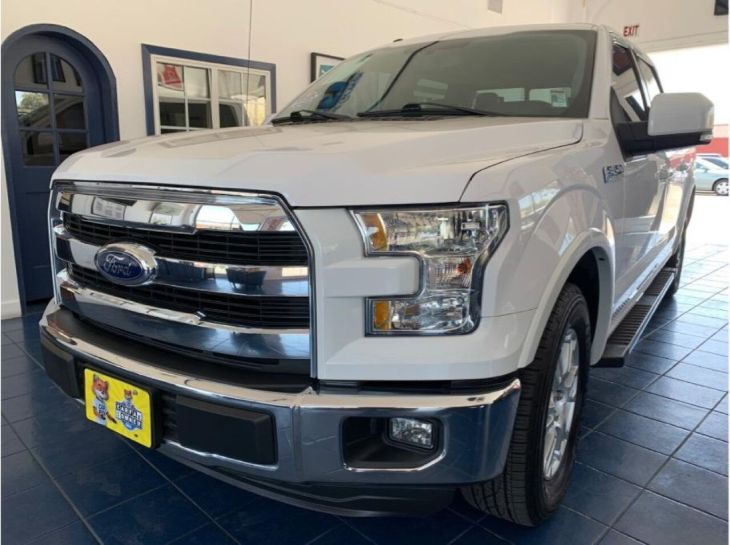 2015 Ford F-150 Lariat Pickup 4D 5 1/2 ft
