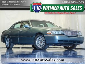 View 2006 Lincoln Town Car