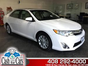 2014 Toyota Camry XLE Carfax 1-Owner - No AccidentsDamage Reported  Super White  All advertis