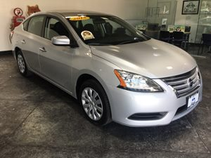 2015 Nissan Sentra SV Carfax 1-Owner - No AccidentsDamage Reported  Brilliant Silver  All adv