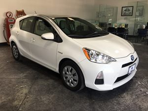 2014 Toyota Prius c One Carfax Report - No AccidentsDamage Reported  Super White  All adverti