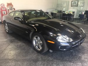 1997 Jaguar XK8  Carfax 1-Owner - No AccidentsDamage Reported  Black  All advertised prices e