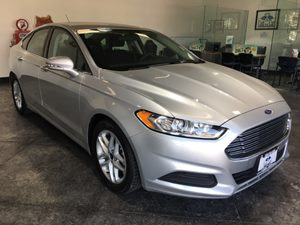 2016 Ford Fusion SE Carfax 1-Owner - No AccidentsDamage Reported  Ingot Silver  All advertise
