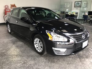 2014 Nissan Altima 25 Carfax Report - No AccidentsDamage Reported  Super Black  All advertis
