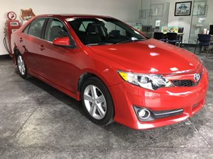 2014 Toyota Camry L Carfax 1-Owner  Barcelona Red Metallic  All advertised prices exclude gove
