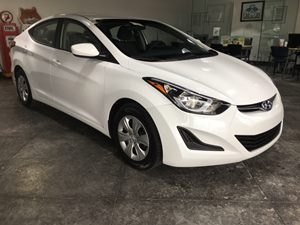 2016 Hyundai Elantra Limited Carfax 1-Owner - No AccidentsDamage Reported  Quartz White Pearl