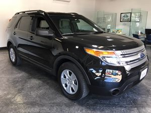 2014 Ford Explorer Base Carfax 1-Owner - No AccidentsDamage Reported  Tuxedo Black Metallic