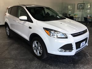 2014 Ford Escape SE Carfax 1-Owner - No AccidentsDamage Reported  Oxford White 151 All adver