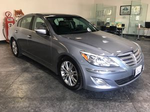 2014 Hyundai Genesis 38L Carfax 1-Owner - No AccidentsDamage Reported  Parisian Gray  All ad