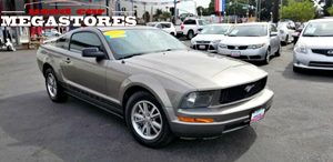 View 2005 Ford Mustang