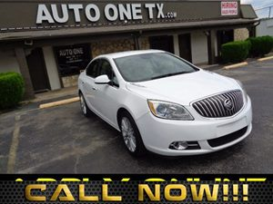 2014 Buick Verano  Carfax Report Lpo Silver And Bright Chrome Grille  All advertised prices ex