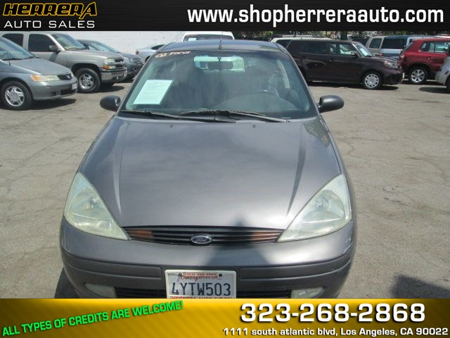 2002 Ford Focus ZX3 Base