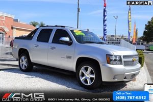 View 2011 Chevrolet Avalanche LT