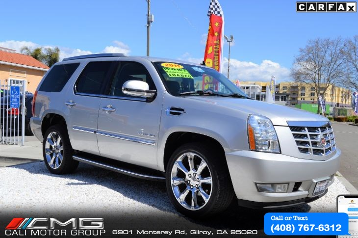 2011 Cadillac Escalade Premium PKG *AWD *LOADED