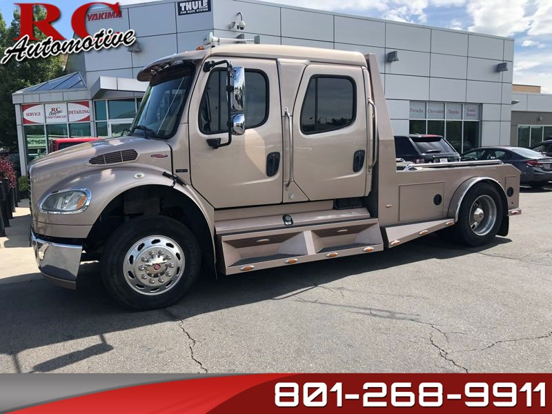 2006 Freightliner Sport Chassis