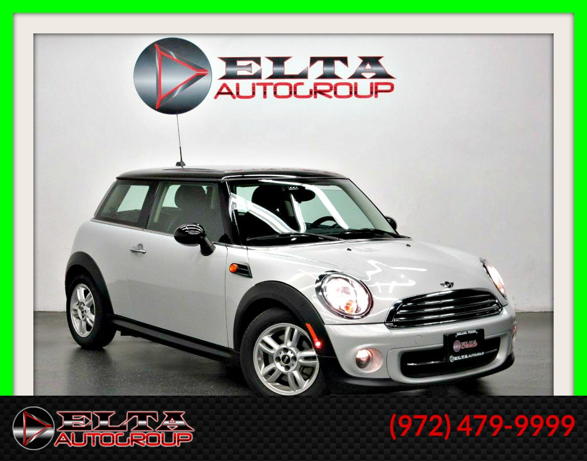2013 MINI Cooper Hardtop LEATHER * AUTO * LOW MILES * 1 OWNER