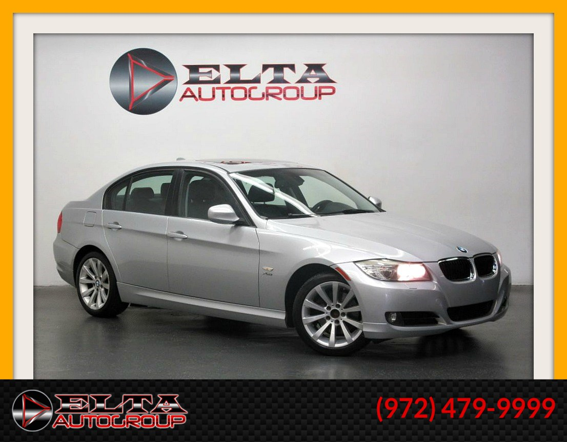 2011 BMW 3 Series 328i xDrive * LEATHER * SUNROOF * AUX